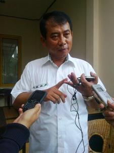 H-10 Rahmat Effendi Targetkan Perbaikan Jalan Rusak Rampung
