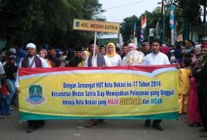 Kecamatan Medan Satria Meriahkan Pawai Budaya Hut Kota Bekasi ke-17