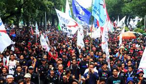Pemerintah Bekasi Fasilitasi Buruh Memperingati May Day