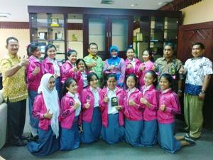 Cheerleader Blitzer SMAN 2 Bekasi Juara 3 CAIOC di Jepang