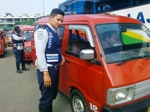 Dishub Kota Bekasi Razia Sopir Tembak