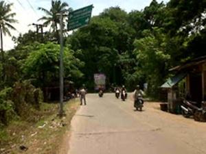 Banyak Rambu Penunjuk di Jalan Raya Pertamina Babelan Rusak