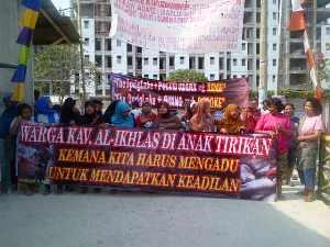 Khawatir Lingkungan Rusak, Warga Al -Ikhlas Protes Pembangunan Apartemen The Springlake Summarecon