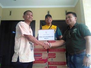 PT. CL Berikan Bantuan Korban Banjir Kali Bekasi Di Babelan