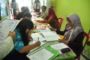 Disdik Kota Bekasi Dinilai Tak Konsisten Terapkan Juklak -Juknis PPDB Online
