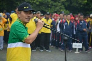 Pjs Walikota Bekasi Pimpin Lomba Gerak Jalan JelangHUT Kota Bekasi ke-21