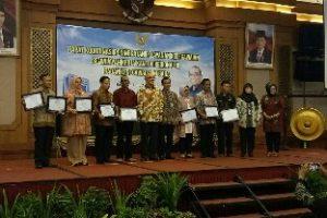 BKPPD Raih Penghargaan Kriteria Kinerja Terbaik II