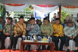 Pawai Taaruf MTQ Ke-35 Jabar di Sukabumi, Pj Walikota Komadoi Khafilah Kota Bekasi