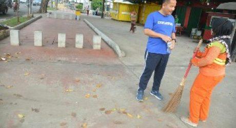 Awali Aktivitas,Pj Walikota Bekasi Olahraga Jalan Kaki Ke Kantor Lihat Infrastruktur