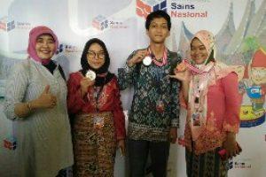 Siswa SMAN 2 Kota Bekasi kembali Raih Medali OSN Tahun 2018