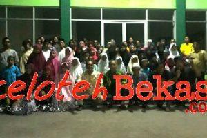UPTD Pengolahan Persampahan Wilayah IV Gelar Bukber dan Santunan puluhan Yatim Piatu