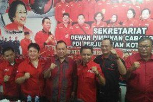 Tensi Pilkada Kota Bekasi 2018 Mulai Memanas, M2 Calon Tunggal PDI Perjuangan Jadi Pesaing Petahana