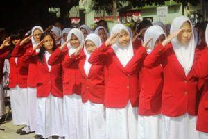 Paduan Suara SMAN 2 Meriahkan HUT RI Ke-69 di Alun-Alun Kota Bekasi