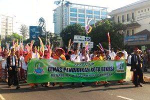 Pawai Budaya Nusantara Meriahkan HUT Kota Bekasi