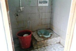 Toilet Di SMPN 3 Kota Bekasi  Jorok dan Menyedihkan